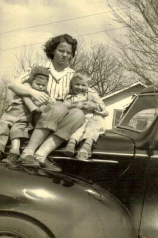 Owen and Susan with Aunt Carol McGhee.