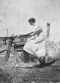 My Grandmother Rides a Flanders 4 Motorcycle!