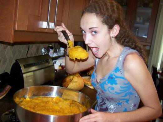 Warning:  Raw Pumpkin Puree does NOT taste good!