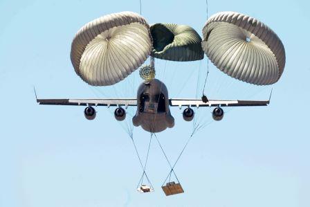 USAF C-17 Airdrop Training (USAF Photo/SrA Jesse Lopez)