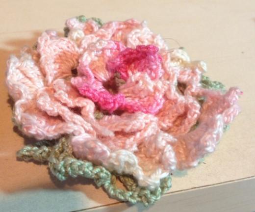Backward Rose Motif