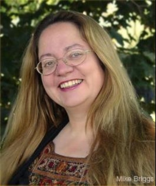 Patricia Briggs - Author of The Mercy Thompson Novels
