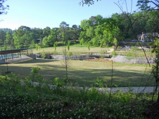 Crestwood Dog Friendly Park In Birmingham Alabama