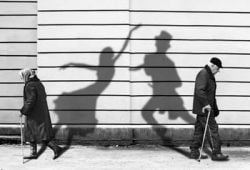 shadow trick photography