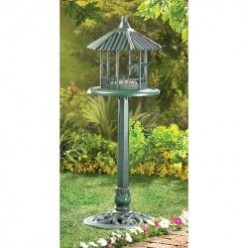 Free Standing Bird Feeders