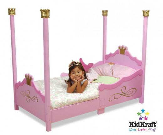 Little Girls' Pink Princess Four-Post Bed