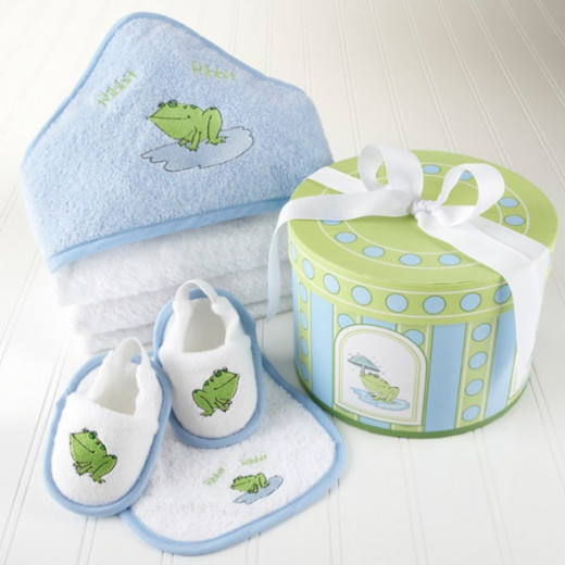 Finley the Frog Four-Piece Hat Box Bath Time Baby Gift Set - without personalization