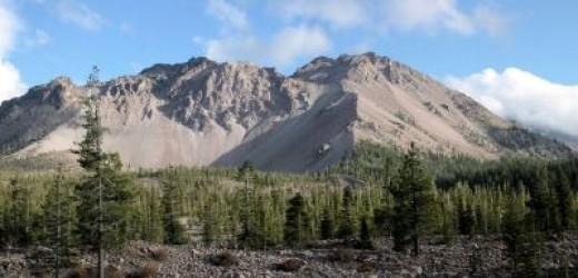 Lassen Volcanic National Park: one of the areas covered in the California Road Trip Lens