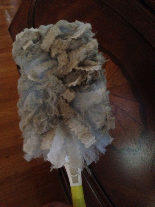 Swiffere duster after 2nd round of dusting. At this point, stick a fork in it, it's done! I tossed it in the trash.