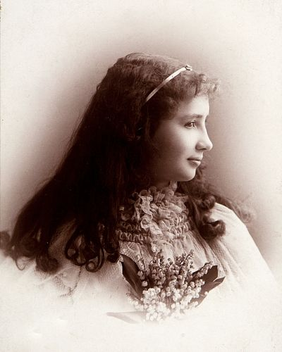 Helen Keller As A Teenager - photo courtesy of commons.wikimedia.org