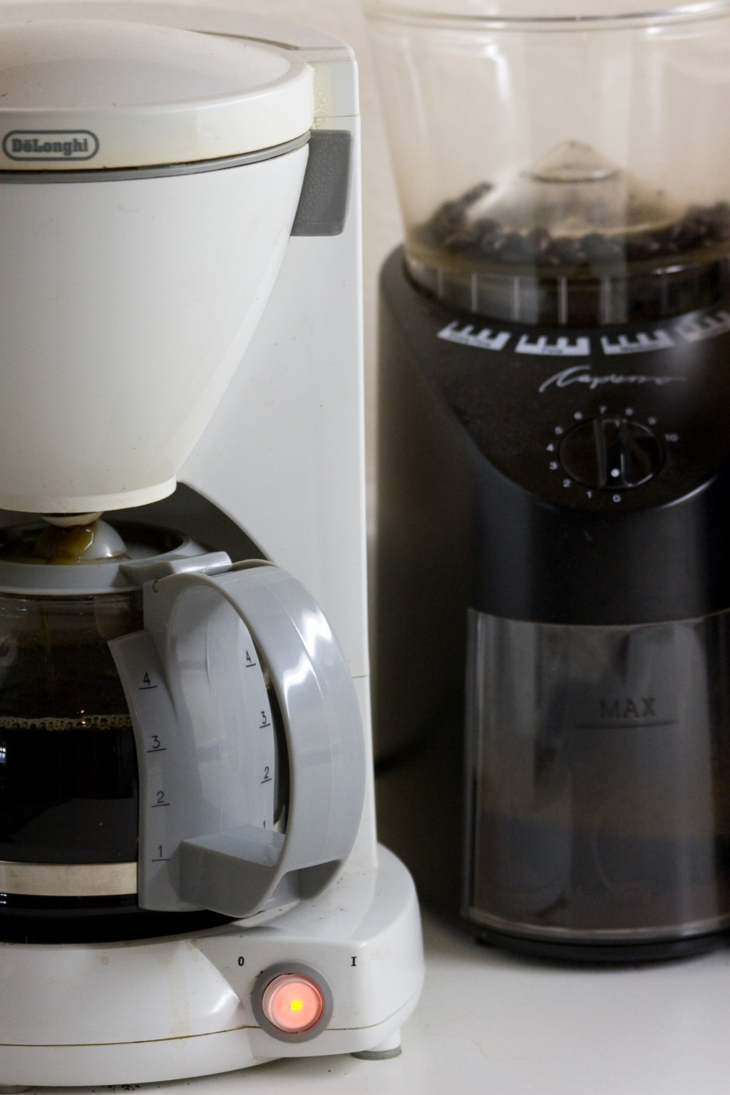 Cleaning Electric Coffee Maker With Vinegar : How to Clean a Coffee Maker with Vinegar