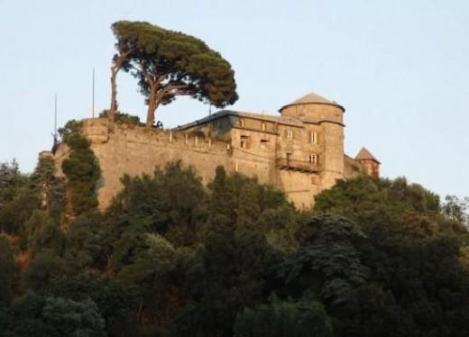Castello Brown, Portofino, believed public domain