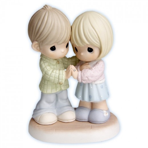 I Love Thee With An Everlasting Love - FIGURINES