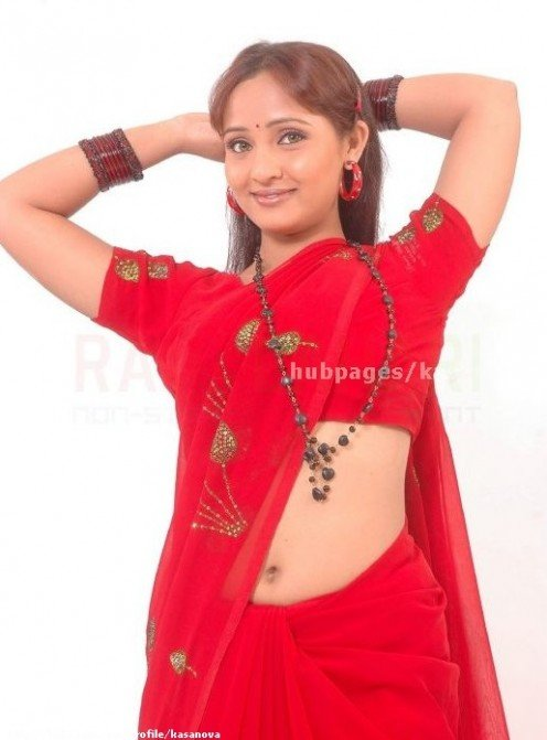 Typical South Indian Ladies And Housewives In Hot Pictures