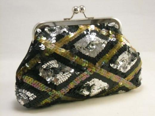 The vintage sequin purse!