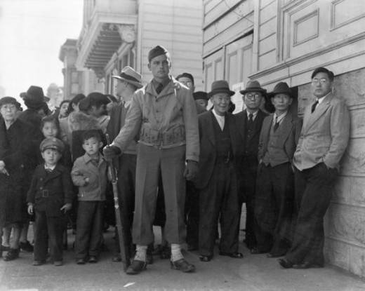 famous female photographers - dorothea lange - japanese internment