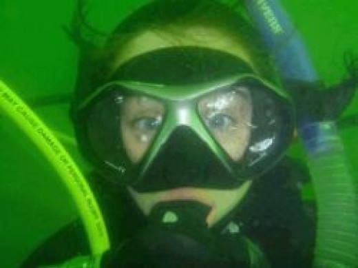 minimum age for scuba diving
