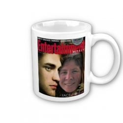 "Twilight ""Face in Hole"" picture mug"
