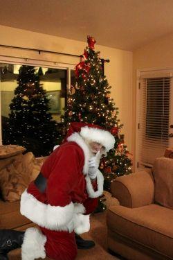 catch santa at home