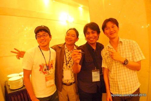 Arnold with volunteer interpreter Kim Dong Gun and comic artists Soeung Makara (Cambodia), and Narong Jarungthammachot (Thailand).