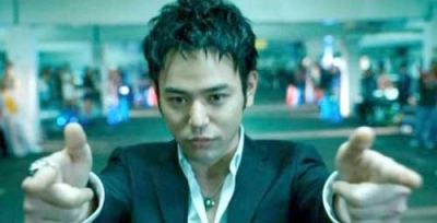 """Satoshi Tsumabuki has a cameo and is credited as """"the exceedingly handsome guy"""" in The Fast and the Furious: Tokyo Drift (2006)"""