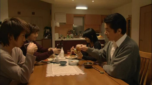 The Yagami family at dinner.