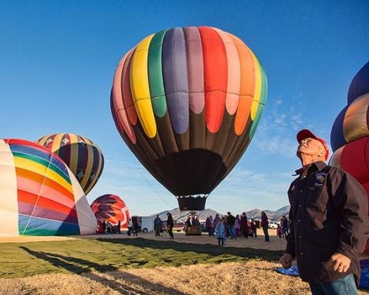 Ballons preparing to rise