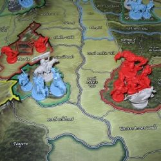 Lorien threatened by troops in Dol Guldur