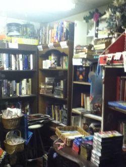 photo of part of the book room at the Hubbard Ohio Gift Shop