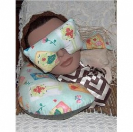 Relax or travel in style by using a handmade eye mask & neck pillow with real herbs