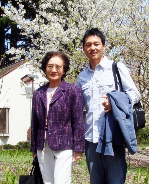 mother and Shinichi