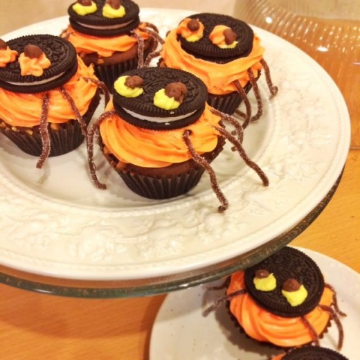 Not-So-Scary Halloween Spider Cupcakes