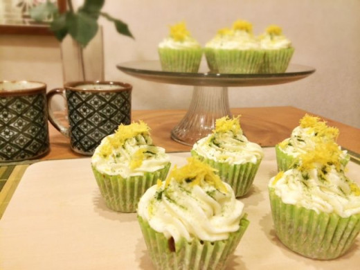 Matcha Cupcakes with Lemon Cream Cheese Frosting
