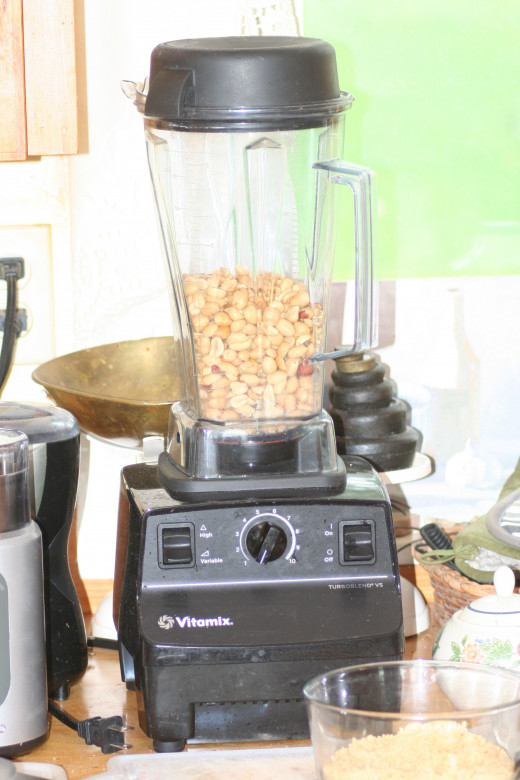 Peanuts In Vitamix Ready To Go!