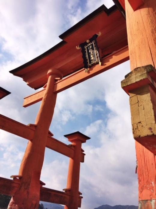 The grand torii gate up close.