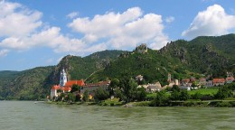 A view of Dürnstein as seen from the banks of the Danube