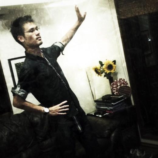 Vinn Wong dancing