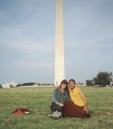 Risha and Ngawang Tsultrim at the Washington Monument
