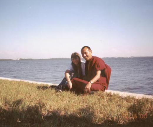 Risha and Pasang GelekOctober 2000