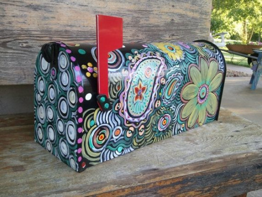 Cool hand-painted mailbox. Where to get: http://www.etsy.com/listing/98259946/fun-funky-painted-mailbox