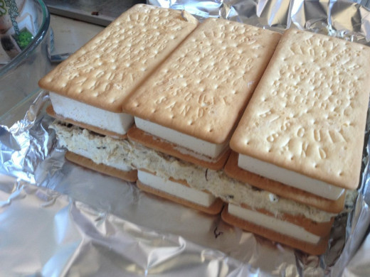Top with the remainding three ice cream sandwiches.
