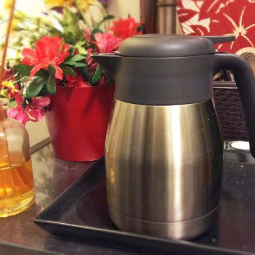 The carafe looks good anywhere in the home.