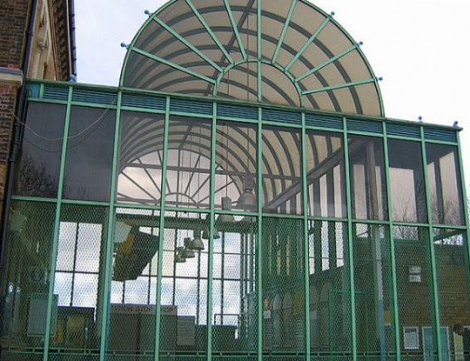 Use of Float Glass - Crystal Palace Station