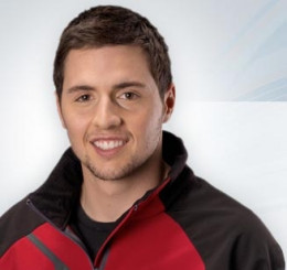 At 25 years of age, Canadian freestyle skier Vincent Marquis is a winner of four World Cup medals during the 2007 season. He was an AAA football player (quarterback) from 2000 to 2003, but he has since made a commitment to freestyle. Marquis hopes to