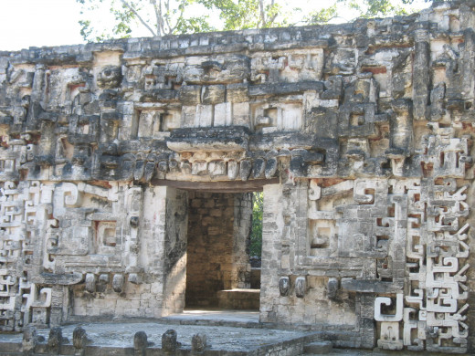 Temple that looks like an open mouth at Chicaná
