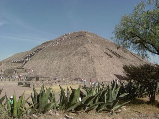 Pyramid of the sun at Teotihuacan near Mexico City