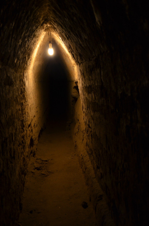 A side tunnel beckons to be explored.