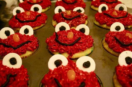 Celebrate With Elmo Cupcakes