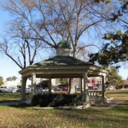 Bandstand in Paso Robles City Park