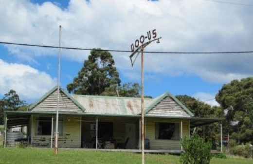 Quirky house names in Doo Town